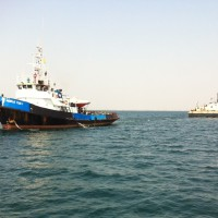 TB WORLD TUG 1 WITH  CRANE BARGE THESSALONIK PORT